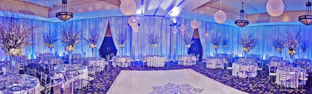 Montebello weddings, Chateau Montebello wedding photographers, Eva Hadhazy , Winter iceblue decor